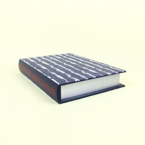 Livro Caixa Azul e Branco Pattern Obsession P