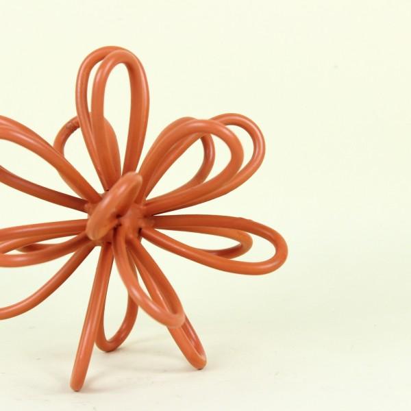 Escultura Flor em Metal Terracota P