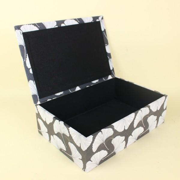 Caixa Decorativa Flores Preto e Branco G